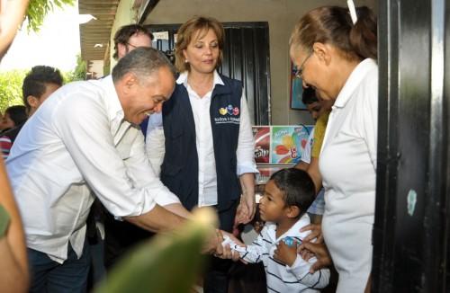 """Min Educación y Alcalde Socarrás firmaron """"Pacto por el derecho a laeducación"""""""