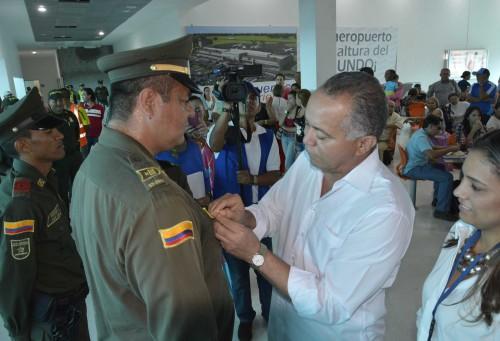 Alcalde exaltó a Policías que frustraron robo en aeropuerto deValledupar