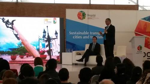 Alcalde Socarrás en foro mundial expuso bondades delPEMP