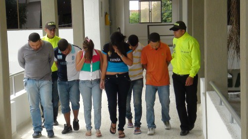 "Capturados integrantes de banda ""La Chikungunya"""