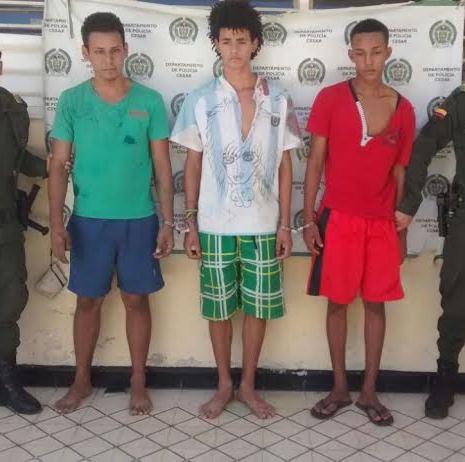 Diez capturados por hechos vandálicos, entre ellos, hurto y quema decamiones