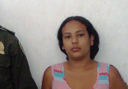 Fue aprehendida mujer con estupefacientes, dentro de una comida, que llevaba para capturado en laURI
