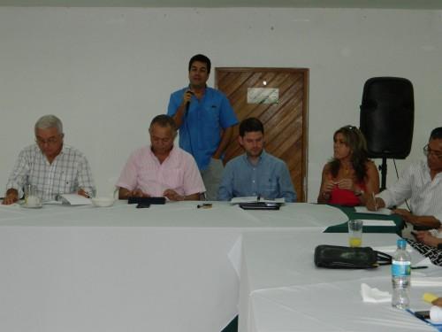 Realizarán estudio de terrenos ofrecido por alcalde para planta de secamiento y acopio dearroz
