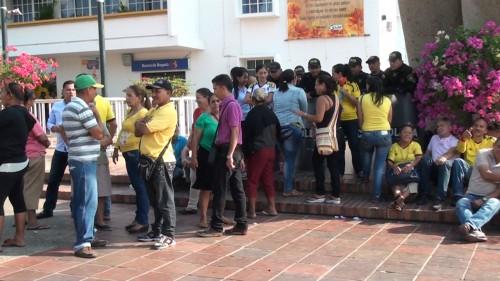 Vendedores ambulantes se oponen a que el lote donde serian reubicados pase a ser de LaPolicía