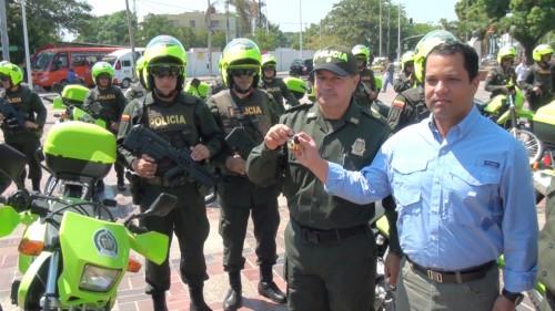 Gobernación entregó dotación automotor a la Policía en elCesar