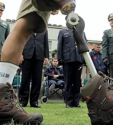 'Las minas antipersonal son una llaga en el corazón y una vergüenza de Colombia que vamos a eliminar': Santos