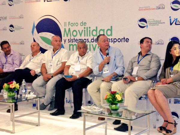 Alcalde Socarrás expuso avances en el II Foro demovilidad