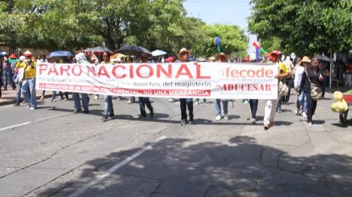 Maestros de los diferentes municipios del Cesar realizaron una movilización enValledupar