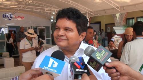 Álvaro López agradecido por homenaje a la dinastía López en el festival vallenato2015