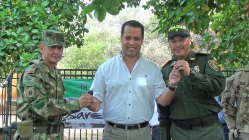Gobernación del Cesar entrega parque automotor a la policía y alejercito