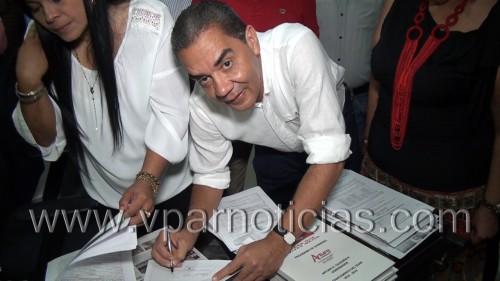 Arturo Calderón, candidato a la gobernación del Cesar,  le apunta a una revolucióneducativa