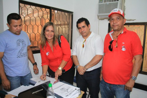 El Congresista Alejandro Carlos Chacón respalda a la única mujer aspirante a la Alcaldía dePlato