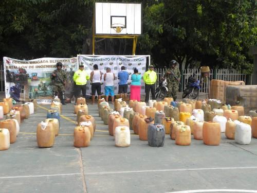 Incautación de combustible en Rio Seco. Capturadas cuatropersonas