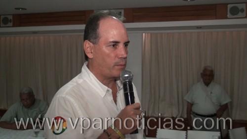 Franco Ovalle presentó los ejes temáticos de su campaña ante laprensa