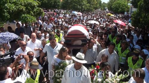 Adiós al maestro Calixto Ochoa con sus cancionesinmortales