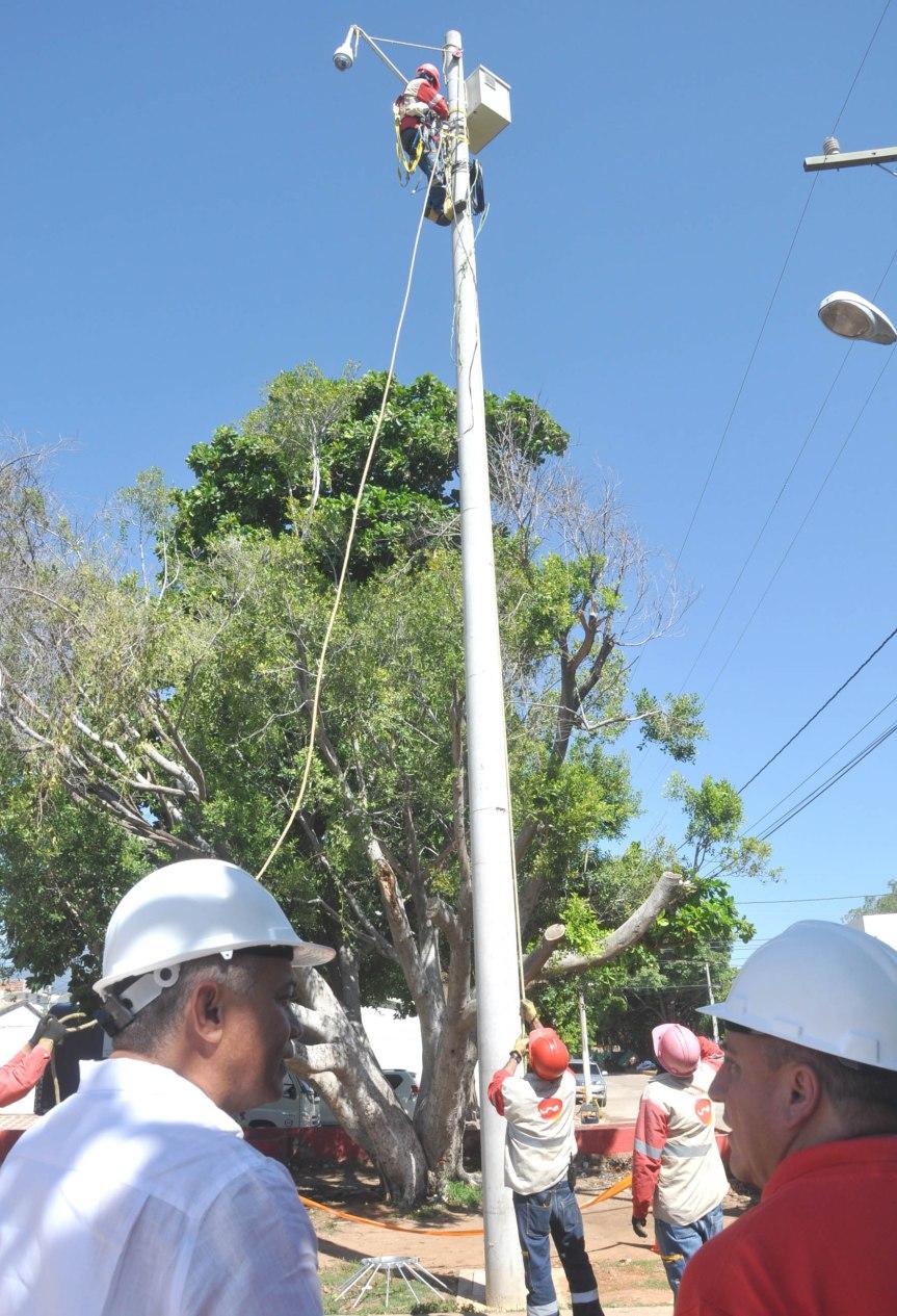 Continúa instalación de cámaras de seguridad enValledupar