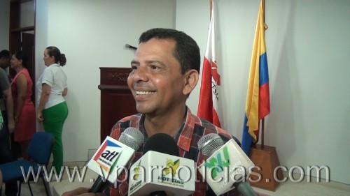 """EL Periodista Edilberto Castillo espera que el viaje de """"Tuto"""" Uhía a Brasil no quede en elolvido"""