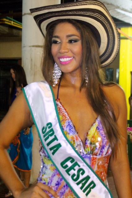 Reina del Cesar al concurso del SombreroVueltiao