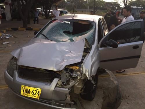 Pareja herida en accidente de tránsito al norte de Valledupar, ocasionado por unequino