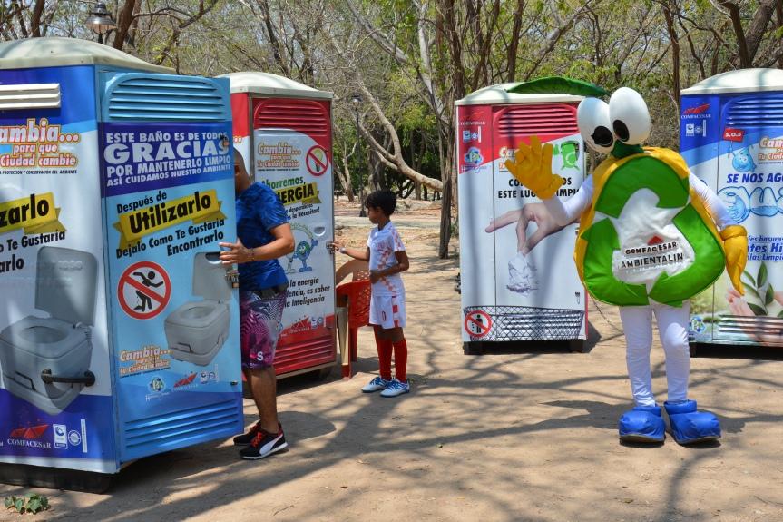 Comfacesar y Hábitat Global instalaron cuatro sanitarios en el balnearioHurtado