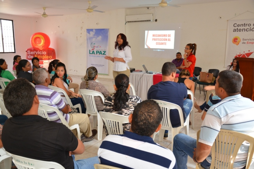 Comfacesar apoya reconversión laboral en La Paz