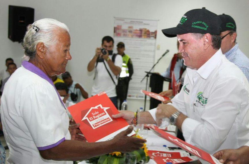 Más de 300 familias de Aguachica beneficiadas con título de propiedad de sus predios