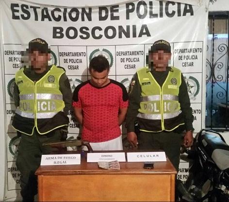 Dos jóvenes fueron capturados tras hurtarle más de $2 millones a una señora enBosconia