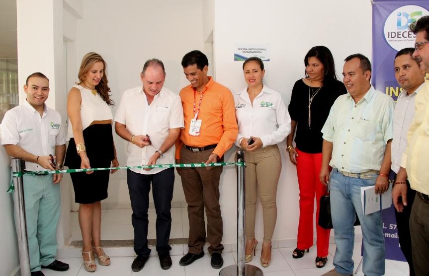 En Idecesar Gobernador inauguró Oficina Institucional paraalcaldes