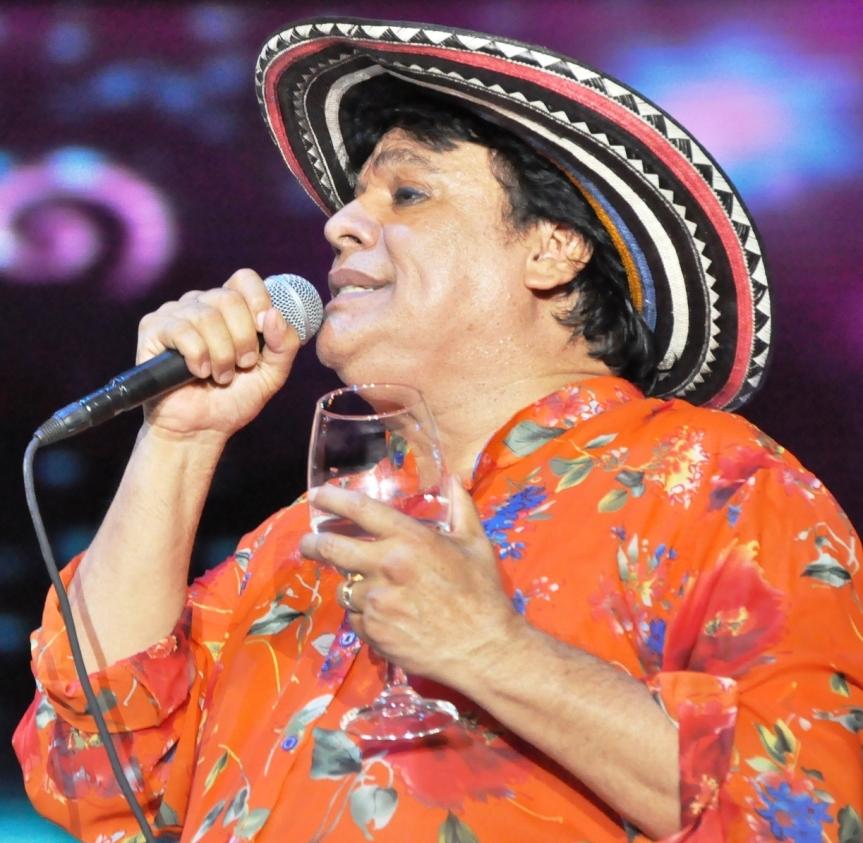 Juan Gabriel regaló a Valledupar su inmenso talento en una nochefestivalera