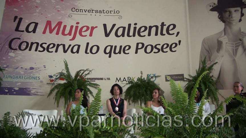 Natalia Ponce dejó un mensaje de valentía, empoderamiento y amor, durante conversatorio enValledupar