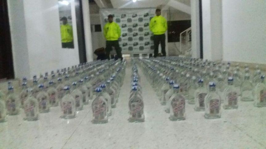 420 botellas de licor adulterado fueron incautadas por la Policía en Aguachica