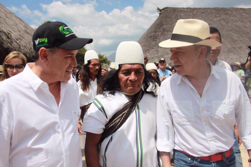 gobernador presidente y arhuaco.jpg