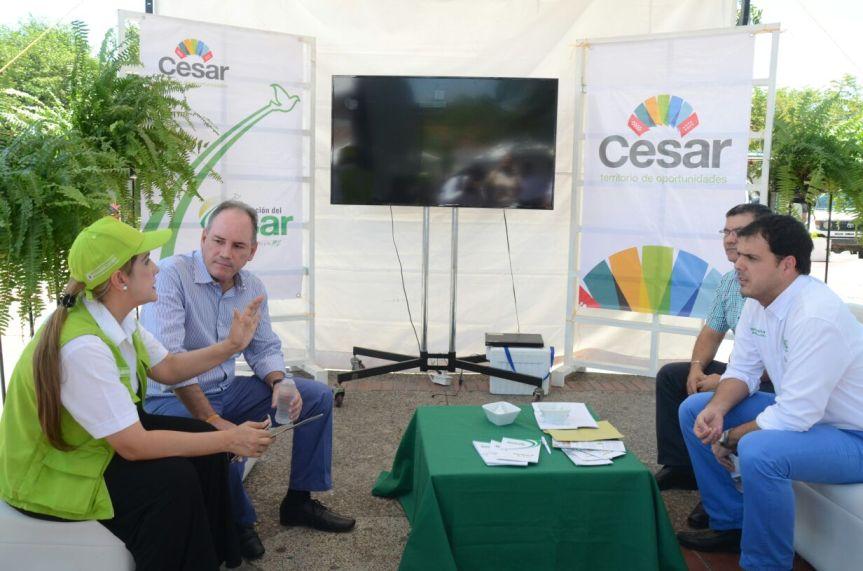 En Agroferia gobernador ofreció acompañamiento a productores delCesar