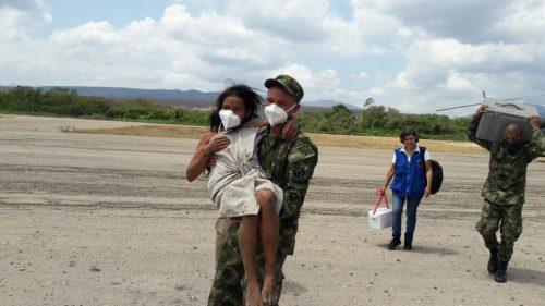 Secretaría de Salud Departamental llevó ayudas a Koguis y trasladó a familiaenferma