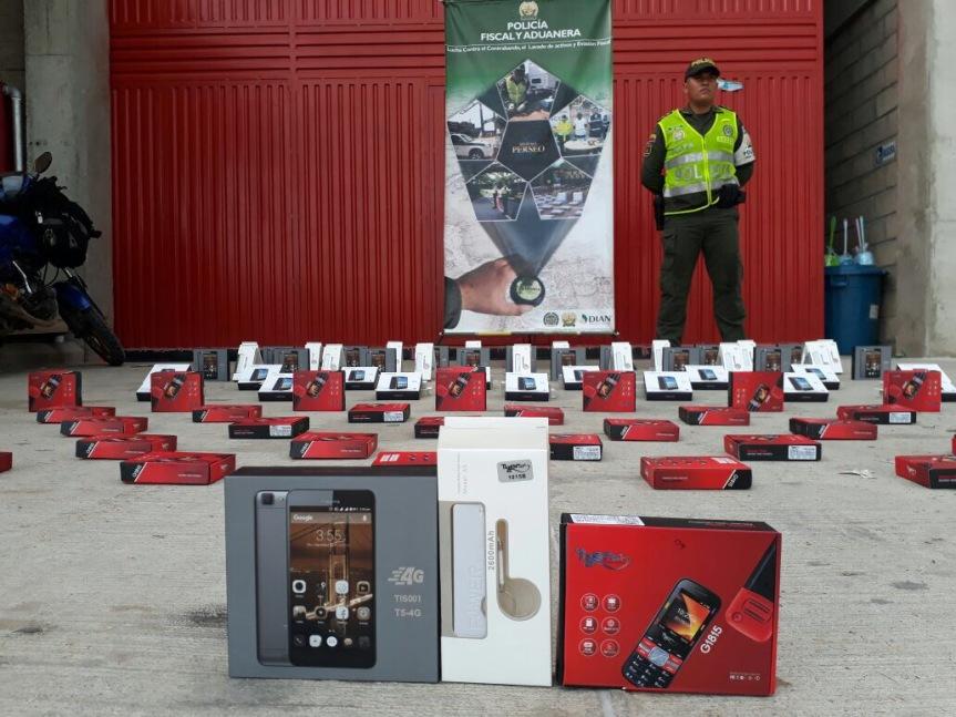 incautacion de celulares y equipos contrabando.jpg