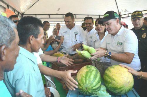 En Ruta del Desarrollo realizada en La Paz, Gobernador Ovalle inspeccionó e inauguró obras y anunció nuevasinversiones