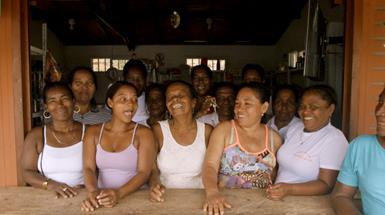 Programa Tiendas de Paz promueve el encuentro y capacitación de mujeresdesplazadas