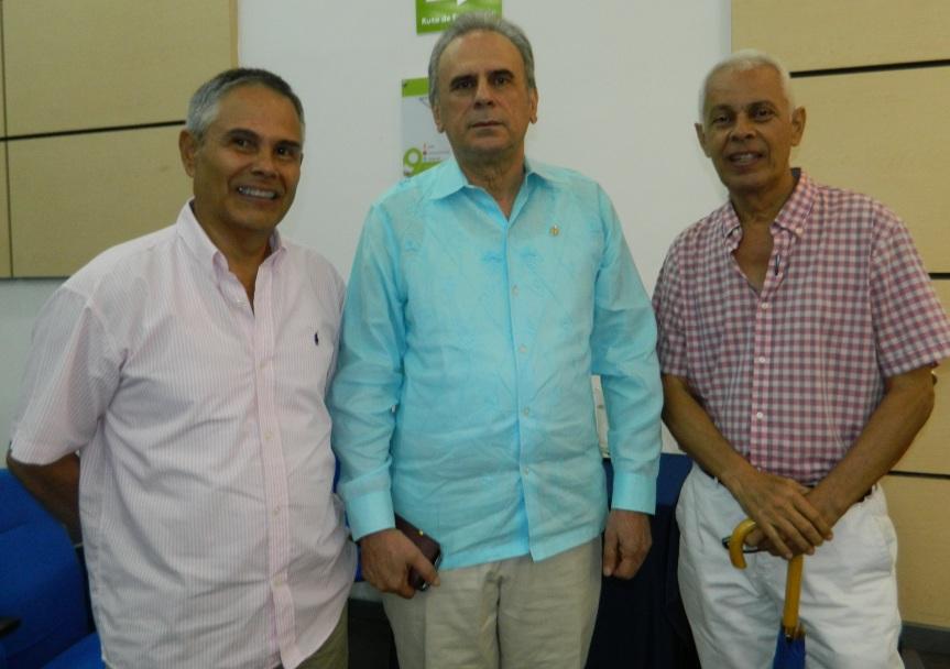Eduardo Durán presidente Academia Col de Historia con Francisco Valle y Pompilio socarrás
