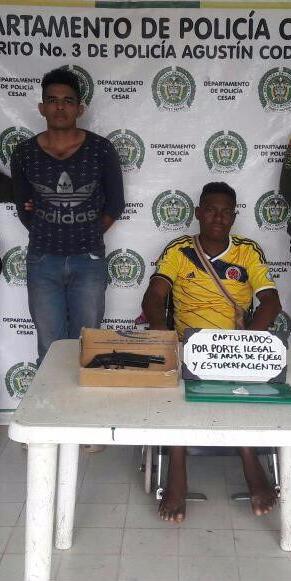 Capturados dos hombres por porte ilegal de armas yestupefacientes