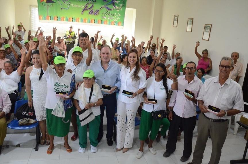 Gobernador Ovalle inició en Aguachica el segundo ciclo de entrega de gafas a beneficiarios el programa 'Abuelos Felices'