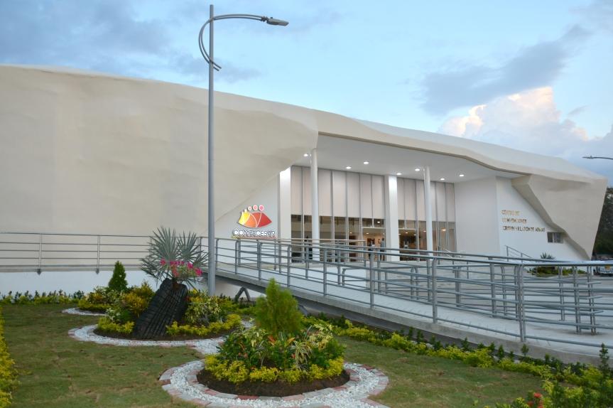 Comfacesar inaugura Centro de convenciones Crispín Villazón DeArmas