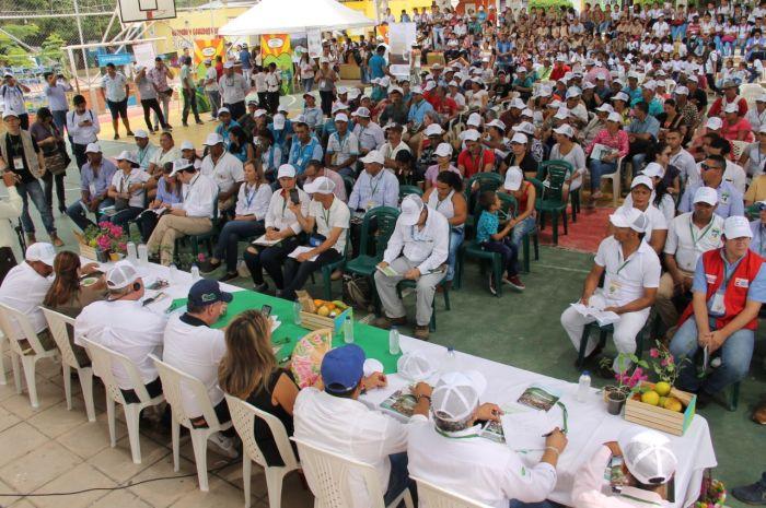 Pacto en Victoria de San Isidro