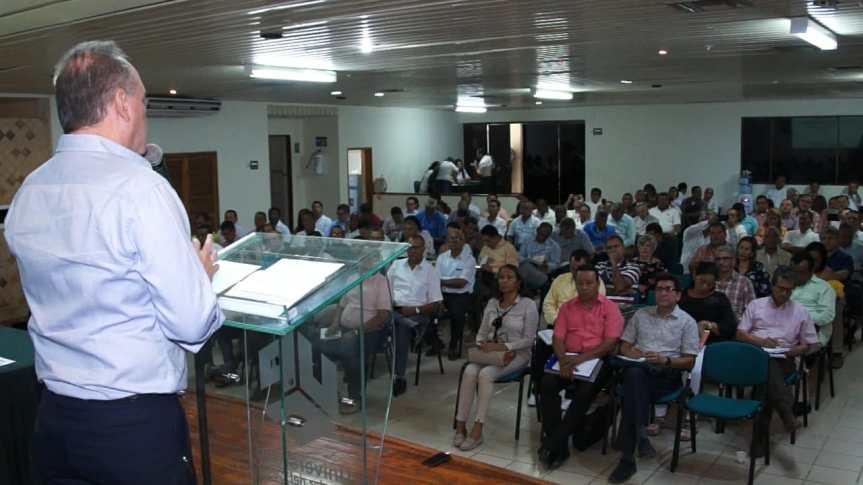 Gobierno departamental y Colciencias preparan convocatoria de maestrías paradocentes