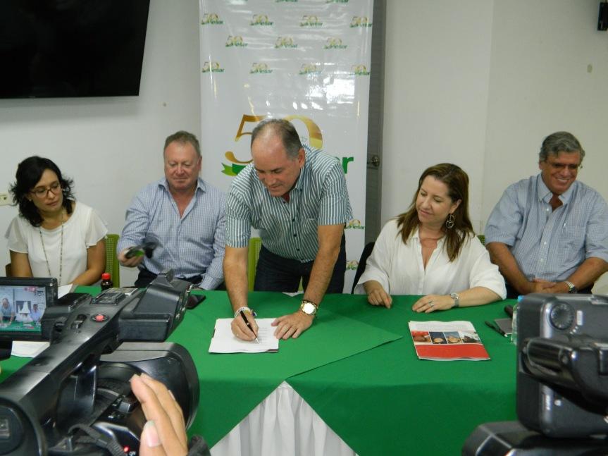 Gobernador del Cesar firma el convenio multiactor DDHH