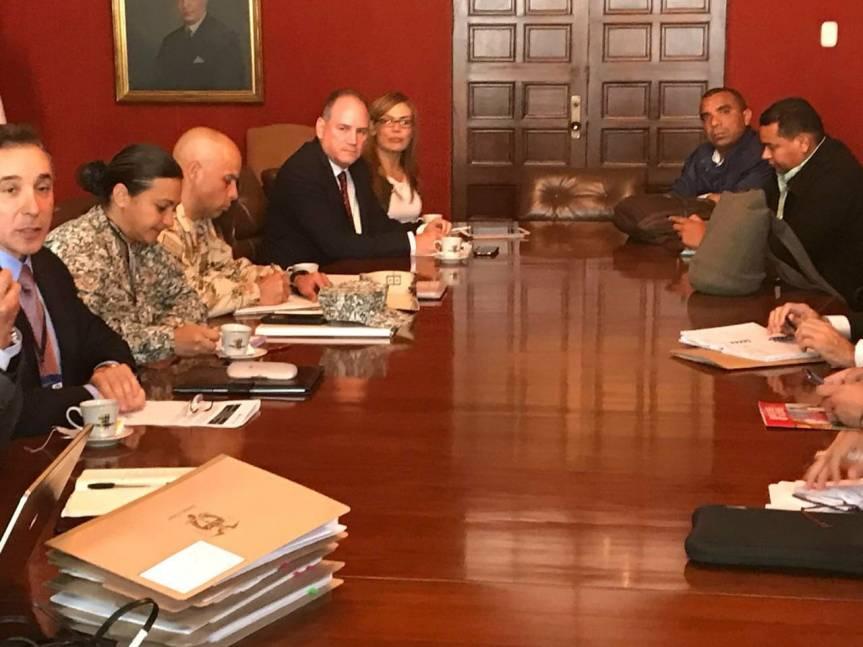 Gobernador Ovalle creará enlace de población Wiwa en Secretaría deGobierno