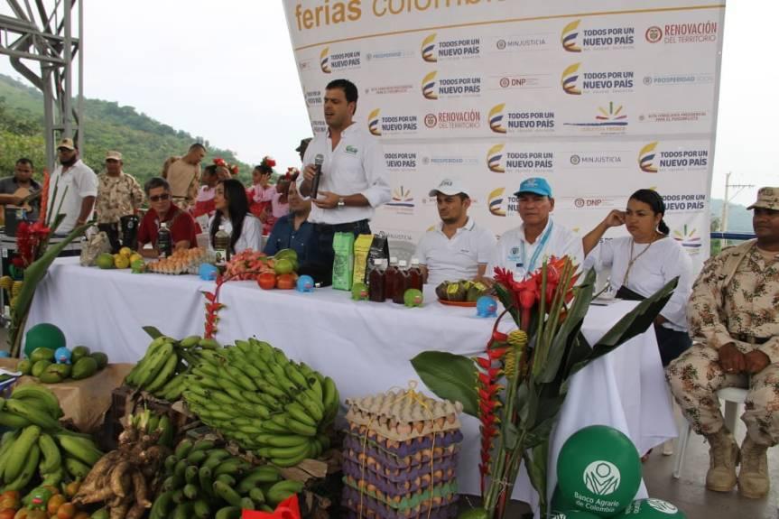 Colombia Renace desde La Paz con FeriaCampesina