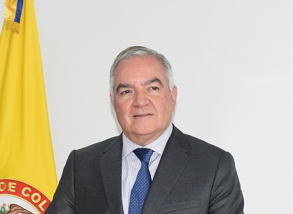 Edgardo Maya Villazón- foto Contraloría - copia