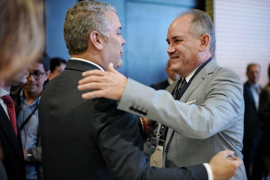 gobernador del Cesar y el presidente de Colombia Iván Duque