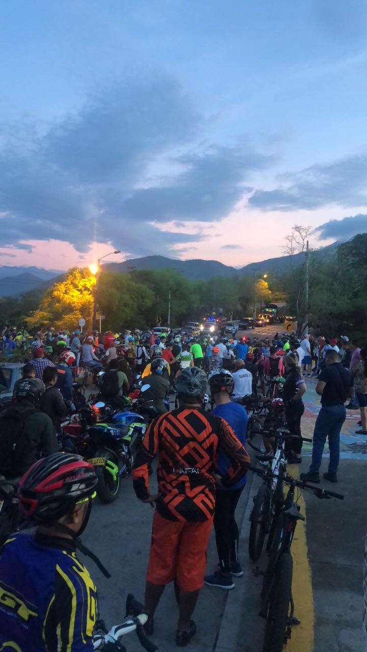 ciclistas protestan y claman por seguridad en vias