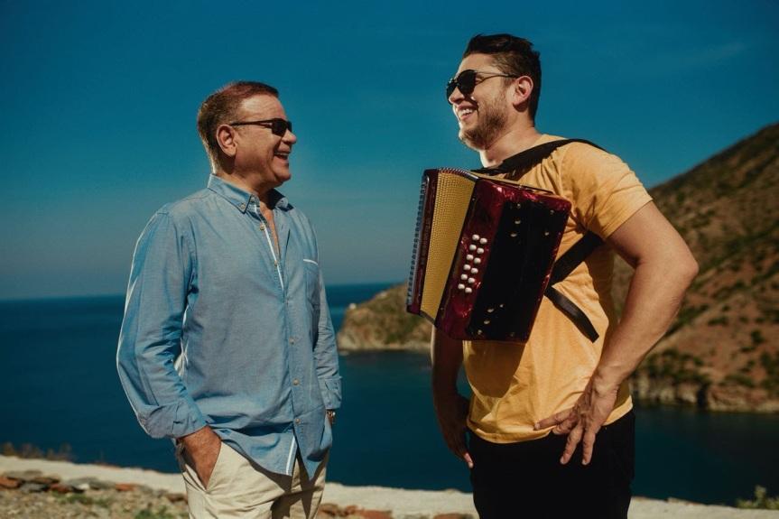 'Inseparables' el anticipo musical de Iván Villazón,supera en24 horas un millón devisitas